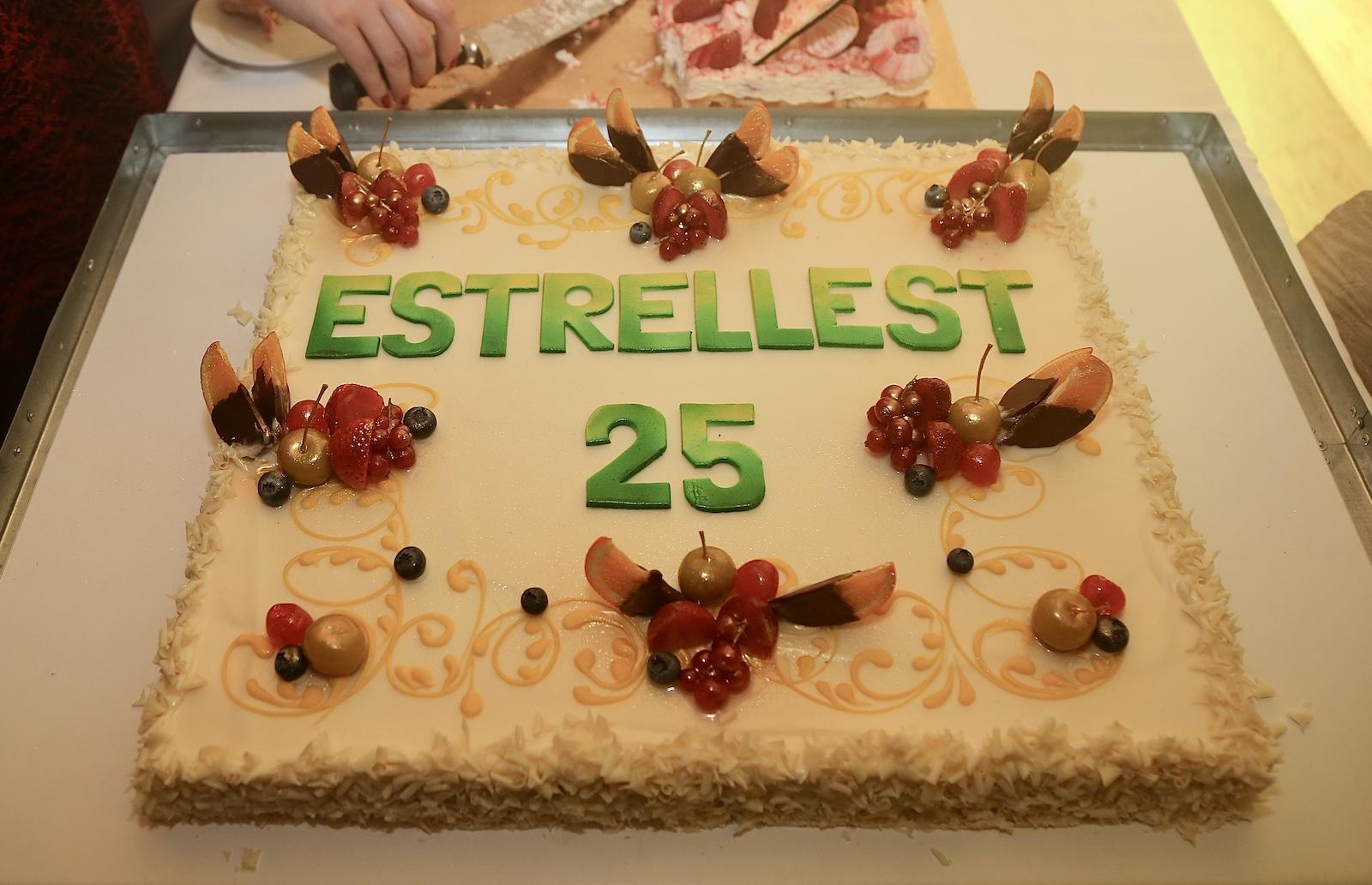 Estrellest 25 v 00099