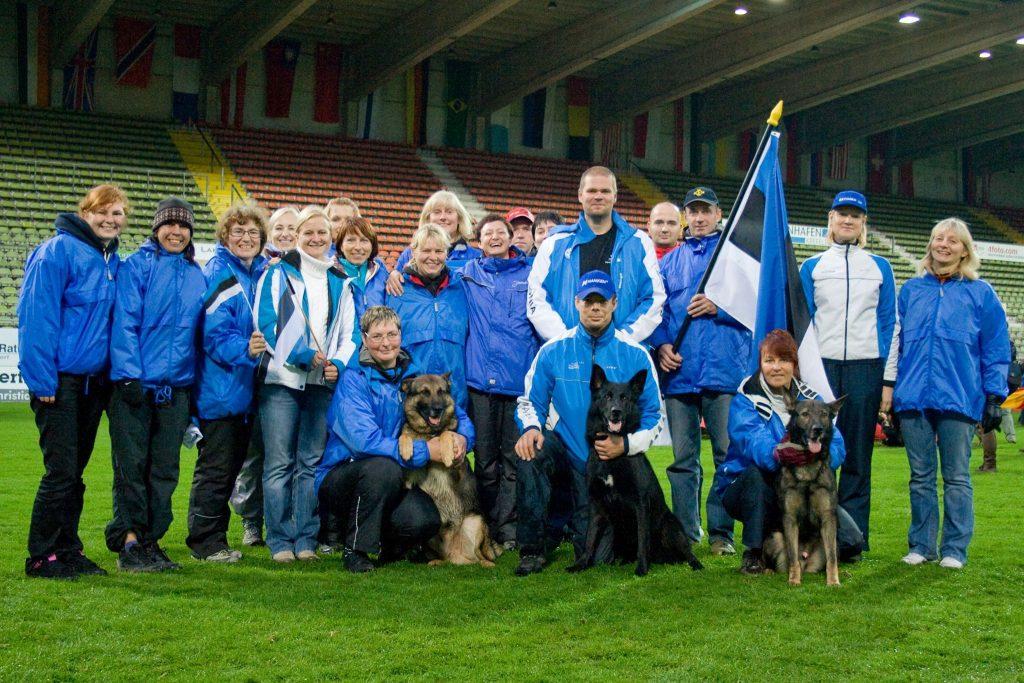 WUSV IPO MM 2009 (Krefeld, Saksamaa) - Eesti meeskond fännidega